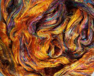 Diverse spennende spinnende..: Silke, Sarisilke, Ull til farging, Bomull, Råull, Noils...